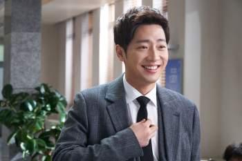 Lee-Sang-Yeob-2